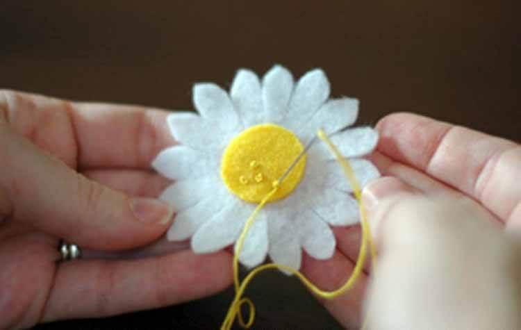 Делаем цветок ромашка своими руками из различных материалов romashki svoimi rukami 161