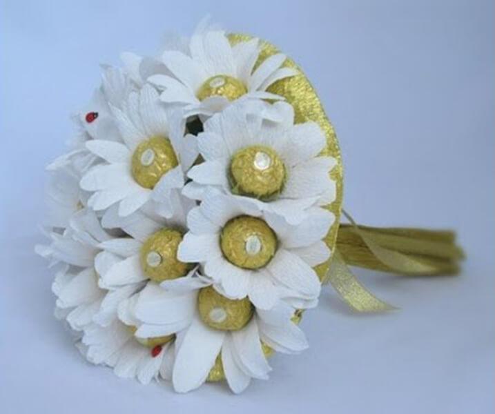 Делаем цветок ромашка своими руками из различных материалов romashki svoimi rukami 205