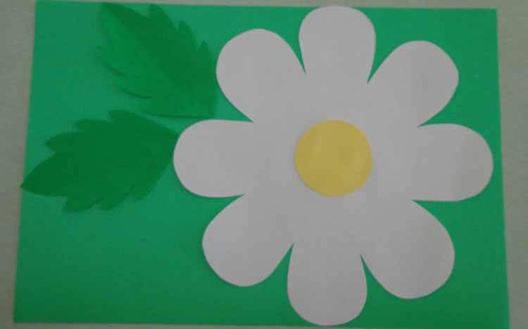 Делаем цветок ромашка своими руками из различных материалов romashki svoimi rukami 34