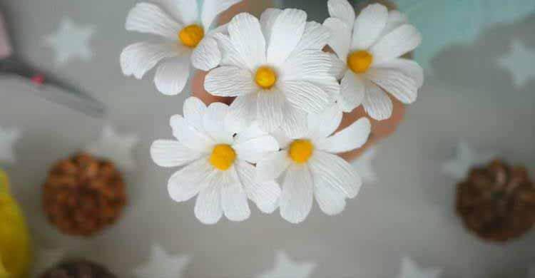 Делаем цветок ромашка своими руками из различных материалов romashki svoimi rukami 37