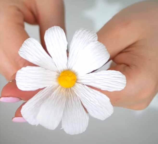 Делаем цветок ромашка своими руками из различных материалов romashki svoimi rukami 46