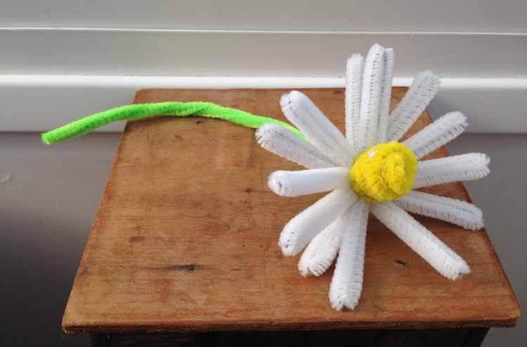 Делаем цветок ромашка своими руками из различных материалов romashki svoimi rukami 48