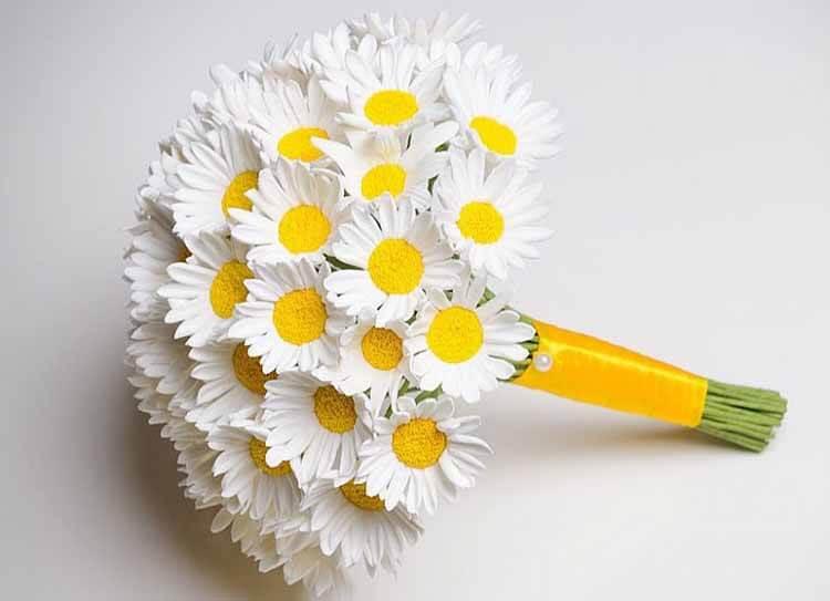 Делаем цветок ромашка своими руками из различных материалов romashki svoimi rukami 49