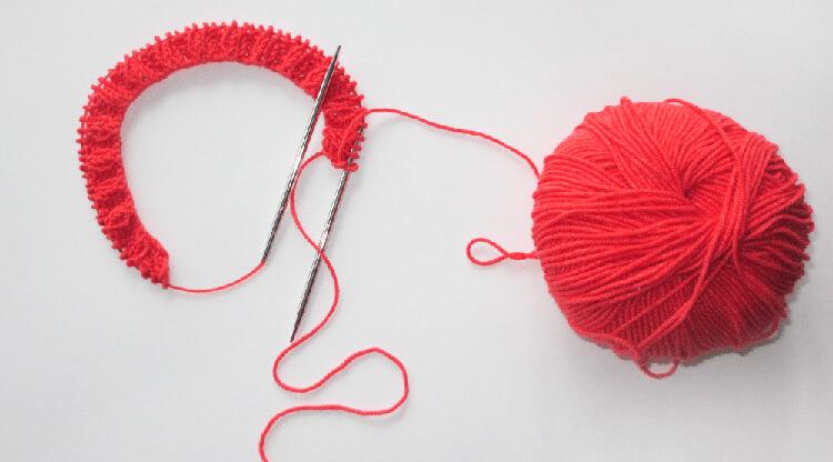 Как связать шапочку спицами для новорожденных: красивый головной убор для самых маленьких shapochka dlya novorozhdennyh spicami 10
