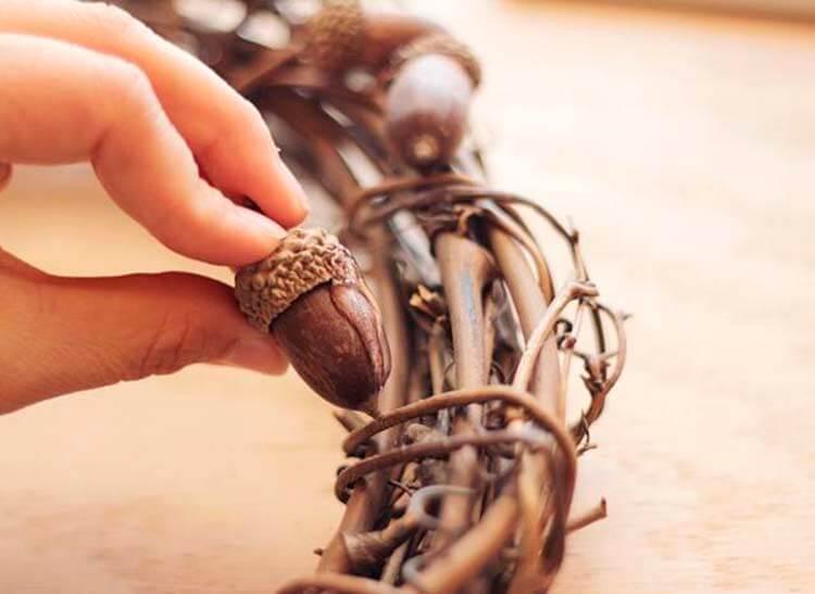 Детские поделки на тему Осень из желудей для школы и садика detskie podelki svoimi rukami iz zheludej 21