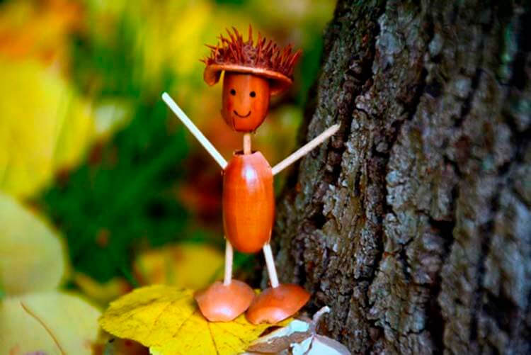 Детские поделки на тему Осень из желудей для школы и садика detskie podelki svoimi rukami iz zheludej 53