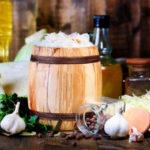 Квашеная капуста в банке: вкусные рецепты на зиму