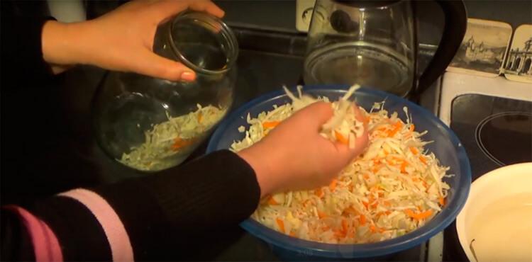 Квашеная капуста в банке: вкусные рецепты на зиму kapusta recept klassicheskij v banke 28
