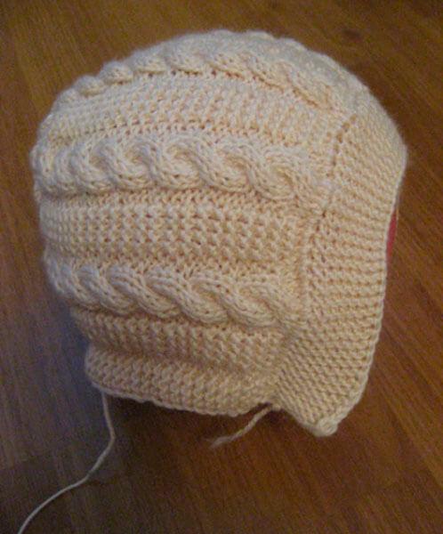 Красивые шапки для девочки: вяжем спицами на зиму shapka spicami dlya devochki 10