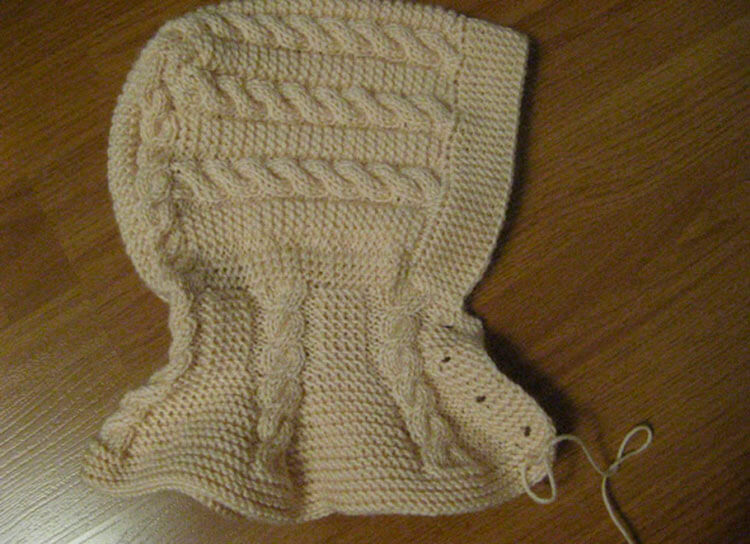 Красивые шапки для девочки: вяжем спицами на зиму shapka spicami dlya devochki 16
