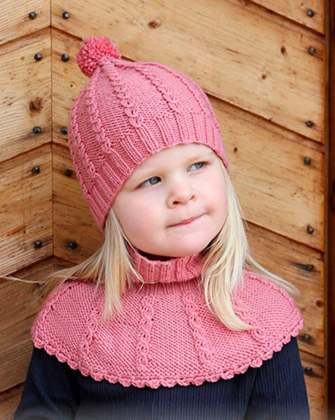Красивые шапки для девочки: вяжем спицами на зиму shapka spicami dlya devochki 34