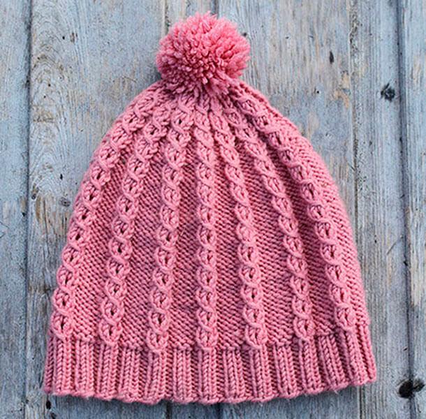 Красивые шапки для девочки: вяжем спицами на зиму shapka spicami dlya devochki 37