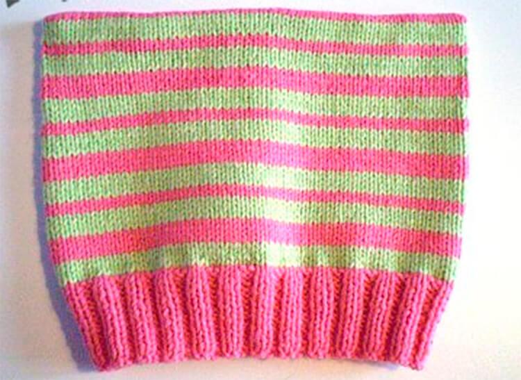 Красивые шапки для девочки: вяжем спицами на зиму shapka spicami dlya devochki 38