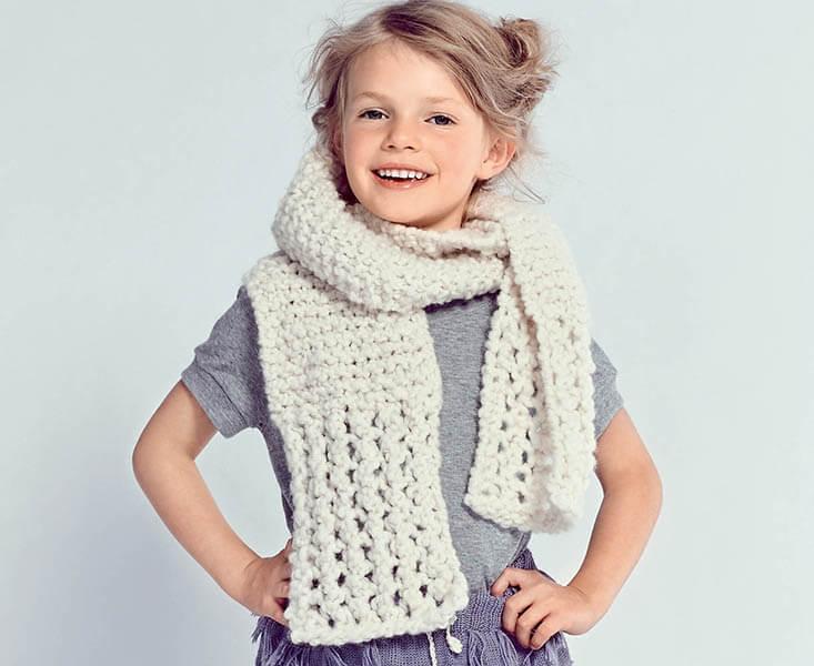 Красивый детский шарф спицами: защищаем горло ребенка в холода sharf detskij spicami 35
