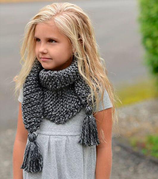 Красивый детский шарф спицами: защищаем горло ребенка в холода sharf detskij spicami 38