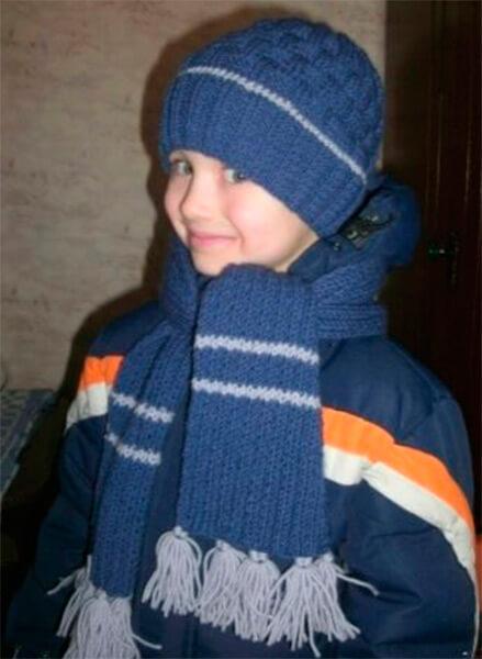 Красивый детский шарф спицами: защищаем горло ребенка в холода sharf detskij spicami 43