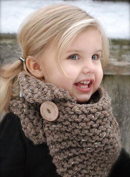 Шарф снуд для девочки спицами: вяжем красивый аксессуар на зиму snud spicami dlya devochki 27